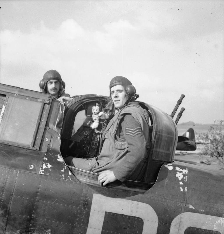 Flight Sergeant E R Thorn (pilot, left) and Sergeant F J Barker (air gunner) of No 264 Squadron RAF - the most successful Defiant partnership of the war © IWM (CH 2526)