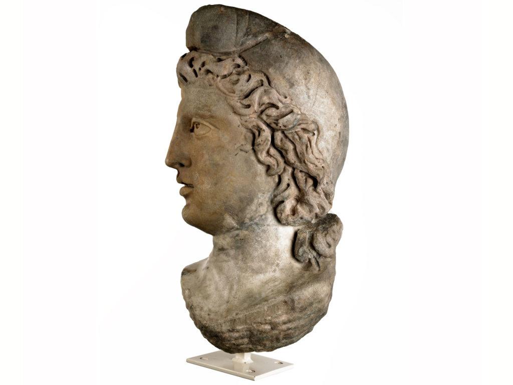 a photo of a statue in profile