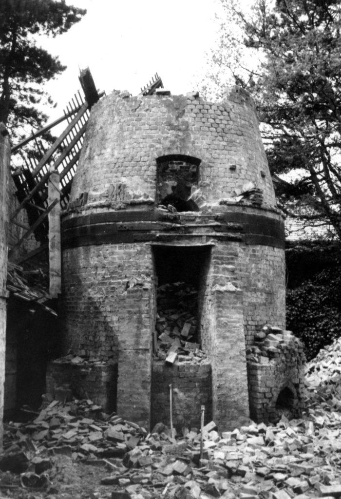 a photo of a semi-derelict brick kiln