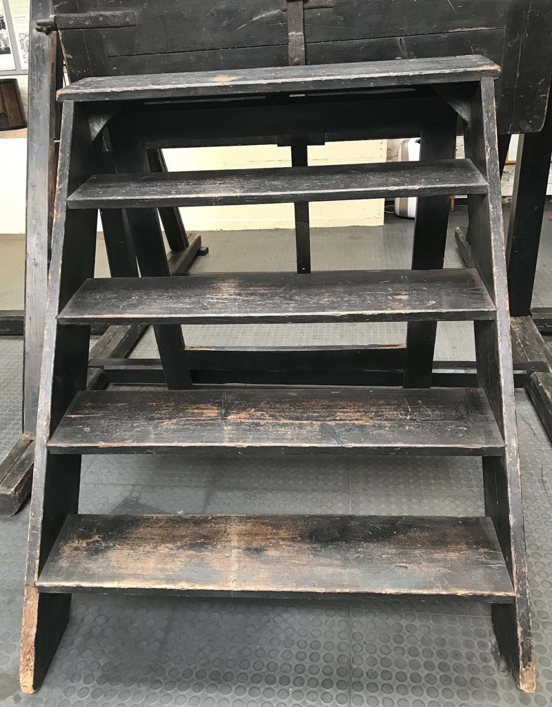 a photo of wooden steps
