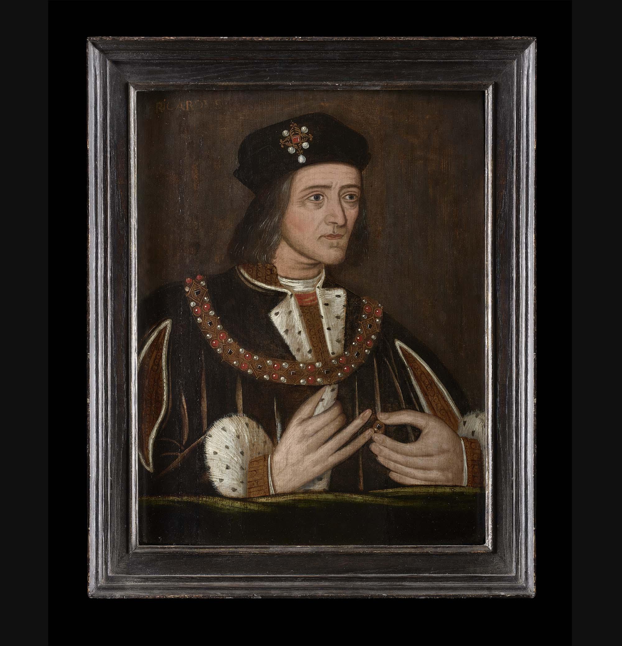 a Tudor portrait of Richard III in a velvet hat and ermine cloak