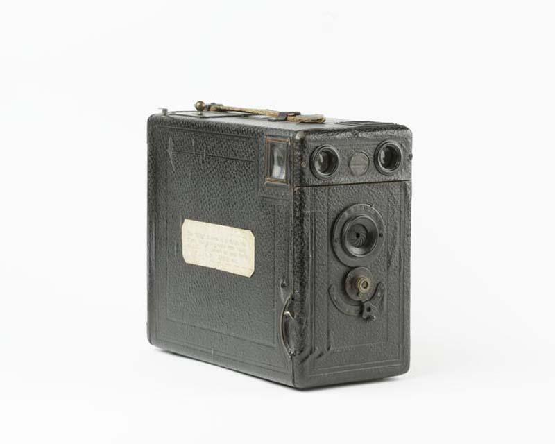 a photo of a small black box camera