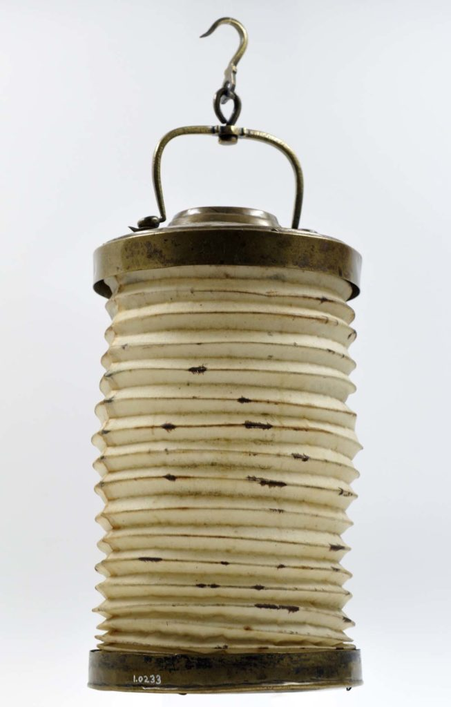 a photo of a concertina lantern style lamp