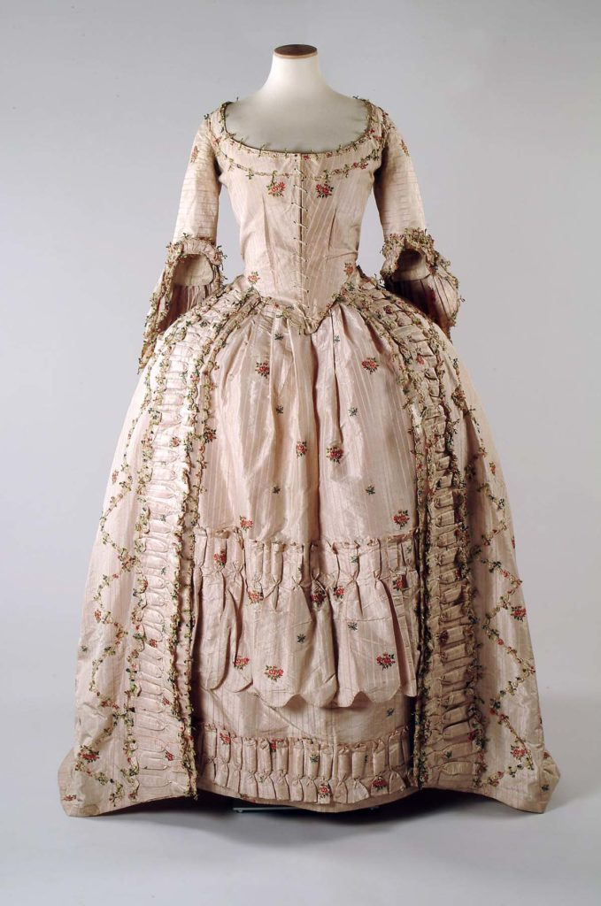 Silk brocade sack back gown, 1776 - 1778