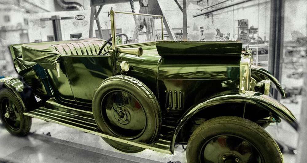 3-d recreation of a vintage car