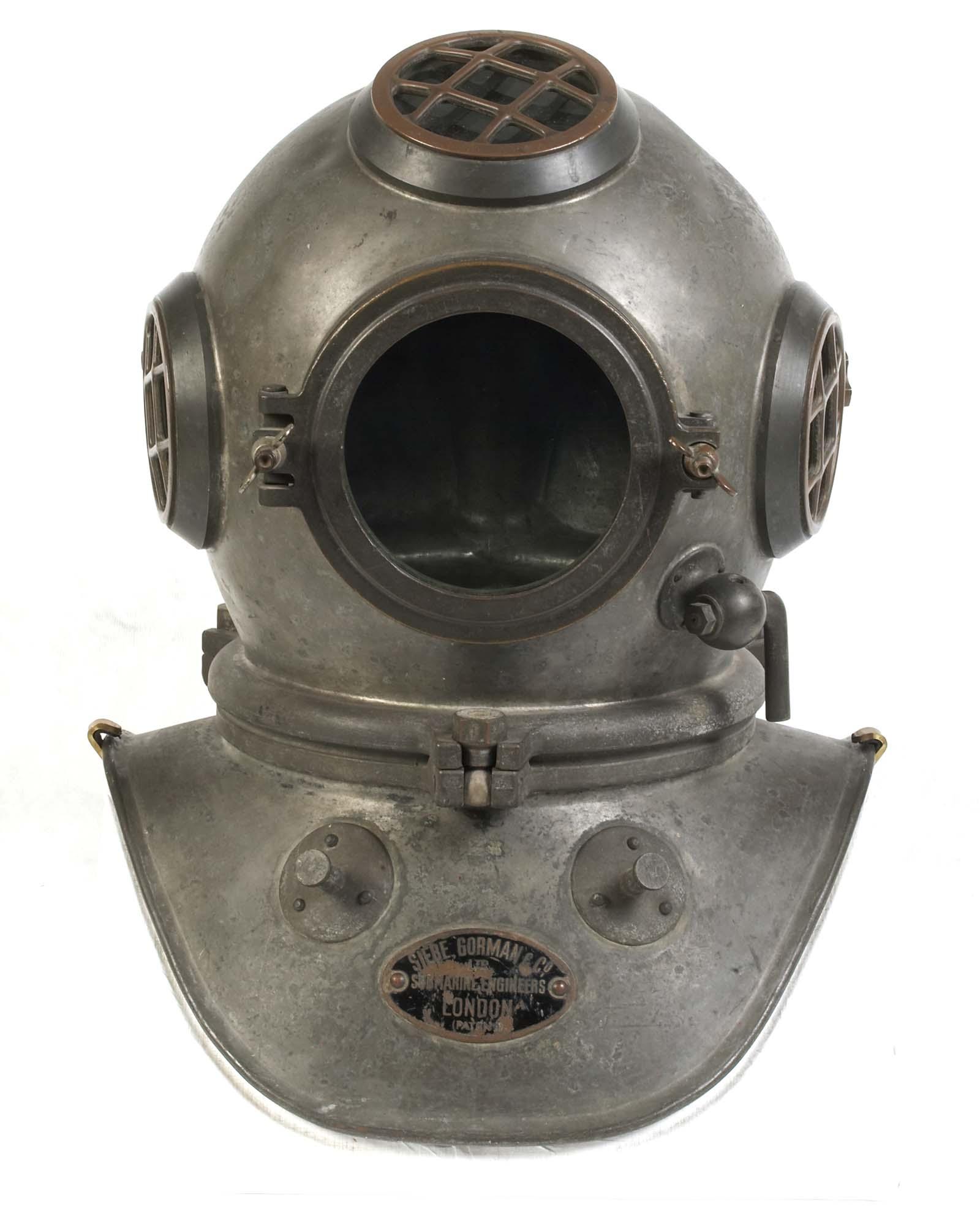 photo of a divers helmet